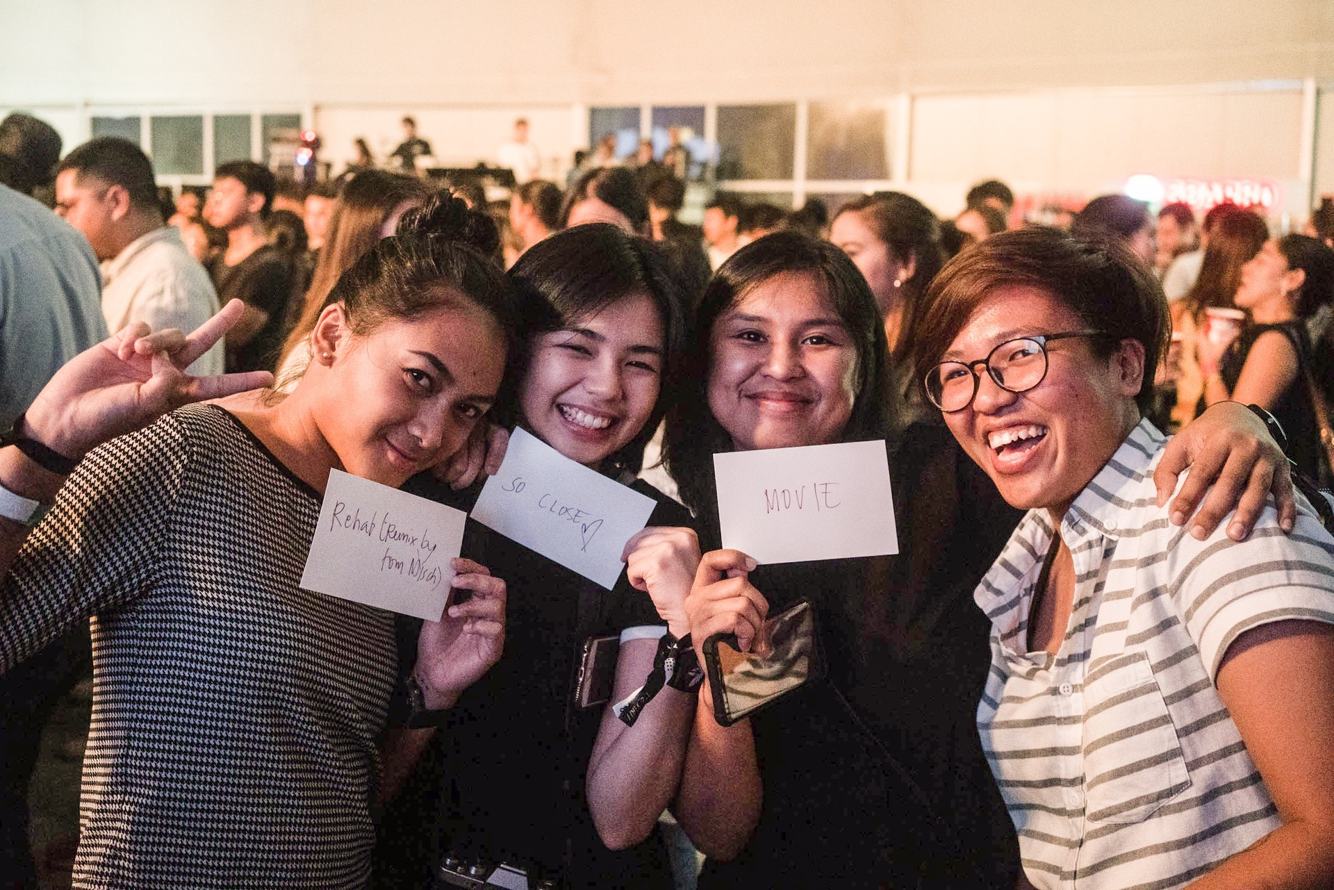 d6209fb82 Friends Cookie, Mida, and Issa have long been avid fans of Tom Misch and  definitely wouldn't have missed the chance to see him live for the world.